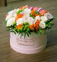 цветы шляпной коробке цена