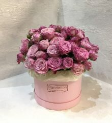 цветы в шляпной коробке киев