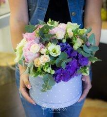 заказ цветов в коробке
